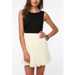 KNT Urban Outfitters Kova and T Open Back Dress